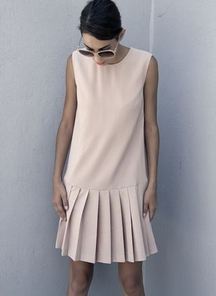 Basic Solid Drop waist Round Neckline Shift Dress