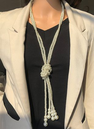 Casual Pearls Pendant Necklaces